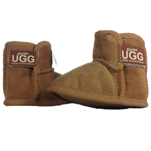 baby-bootie-ugg-chestnut-front